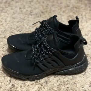 Triple black with white paint speckled prestos.